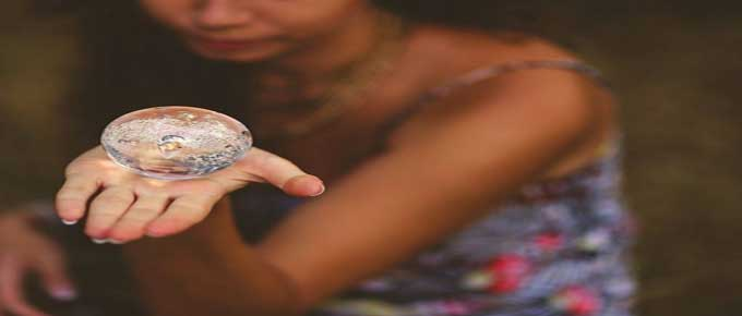 24/7 Totally FREE 10 Minute Psychic Reading For 2018 By Chat